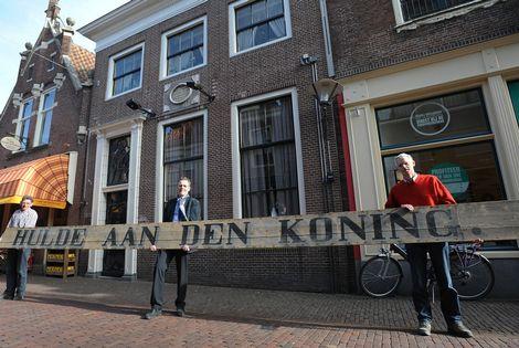 Bord voor bezoek Willem Alexander
