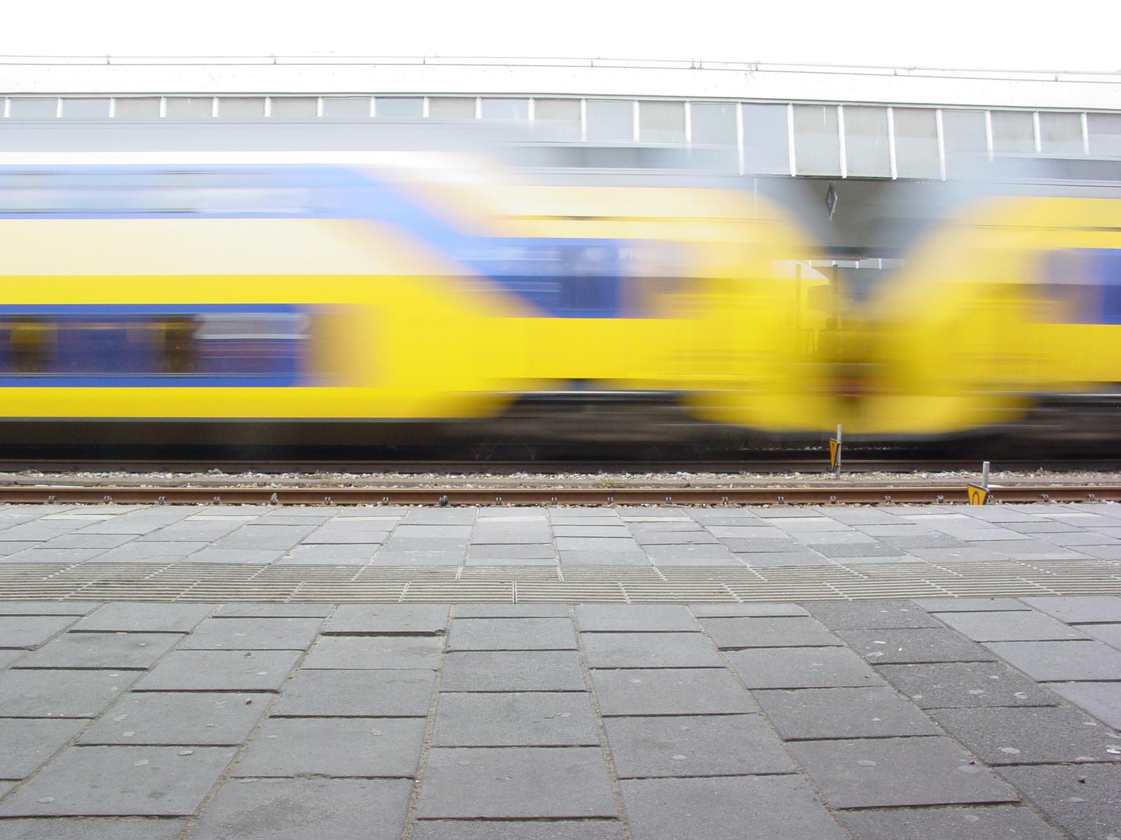 Wethouder Pijl: Schiphollijn ook in 2014 op station Kersenboogerd