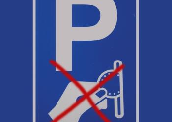 Parkeerterrein Hoorn alleen betalen met pin, chipknip en gsm