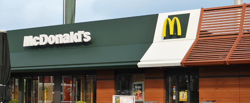McDonalds Hoorn weer open met twee-baans McDrive