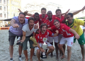 BS Hoorn/Samlex Nederlands kampioen Beachsoccer
