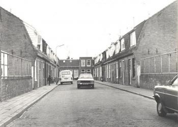 Terugblikken op de Hoornse binneblijfstraat in '40-'70