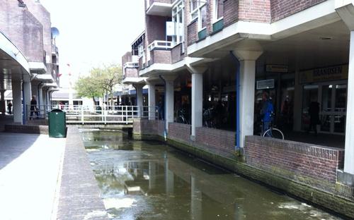 Deze zomer start opknappen winkelcentrum Huesmolen
