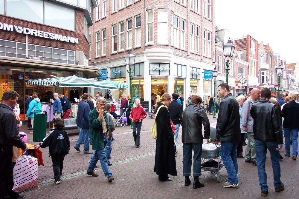 Zondag 23 februari Superkoopzondag in de Hoornse binnenstad