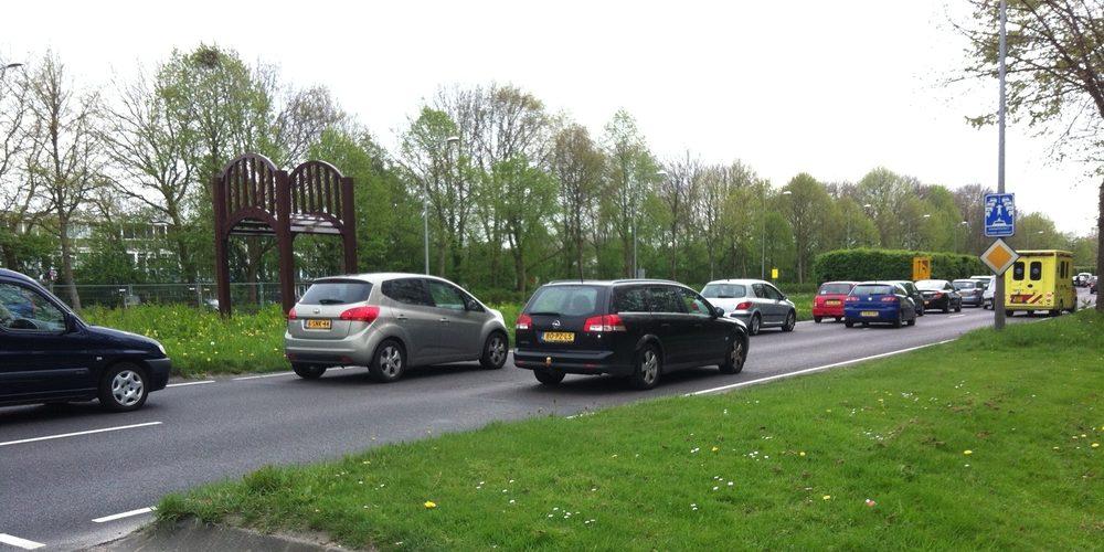 Ophoping verkeer kruising Liornestraat met Provincialeweg