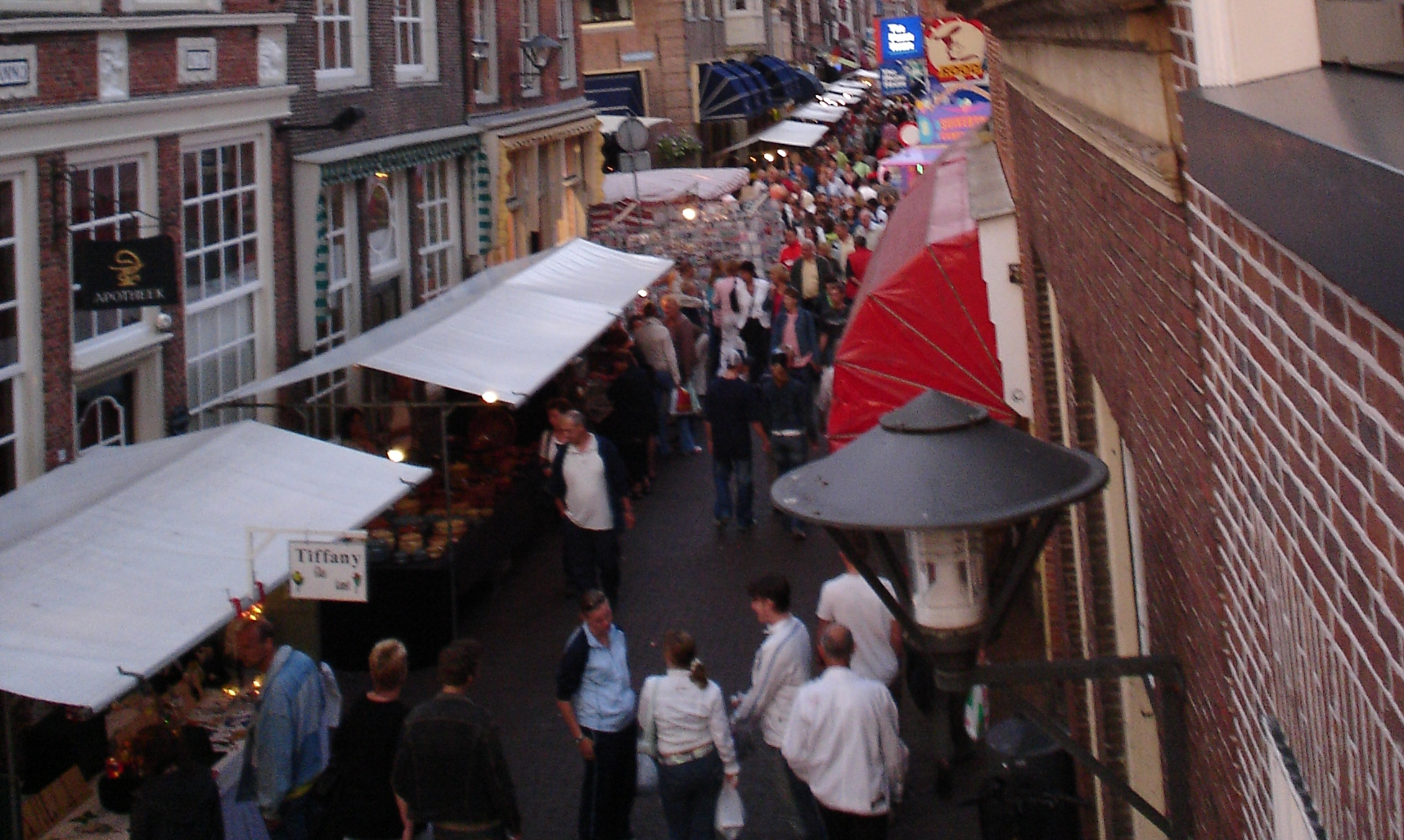 Vrijdag 18 april Paasmarkt in Enkhuizen