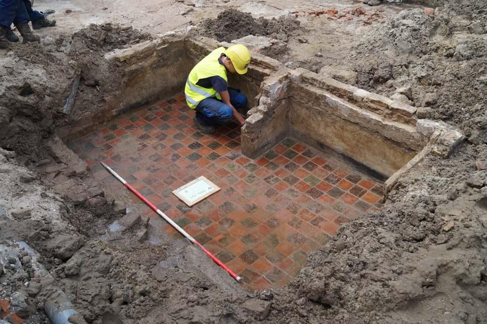 Unieke eeuwenoude resten opgegraven aan Appelhaven