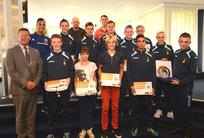 Oorkondes voor Hoornse jeugdsporters met NK titel