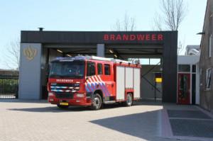 Dode bij brand in stacaravan en kas in Hoogwoud
