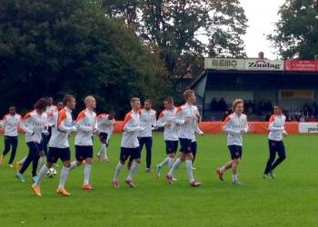 Jong Oranje traint bij Always Forward in Hoorn