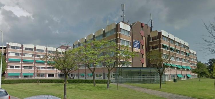 'Huisvesting 240 polen in leeg kantoorpand Nieuwe Steen'
