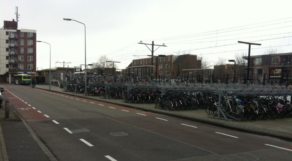 Opknapbeurt NS Kersenboogerd; Meer groen en verdubbeling fietsenstalling