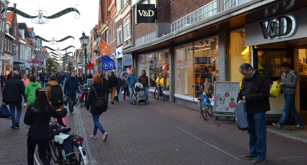 Brief wethouder aan verhuurder: 'Ernstige zorgen om V&D in Hoorn'