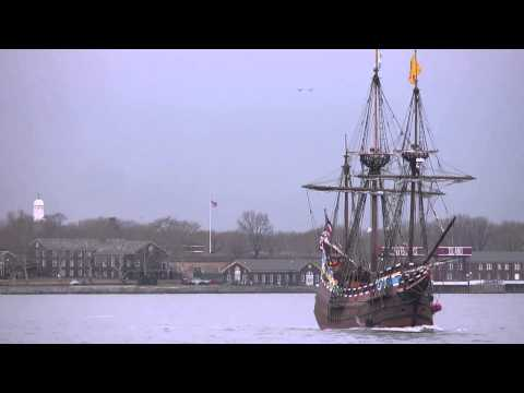 Halve Maen varend op Hudson River [video]