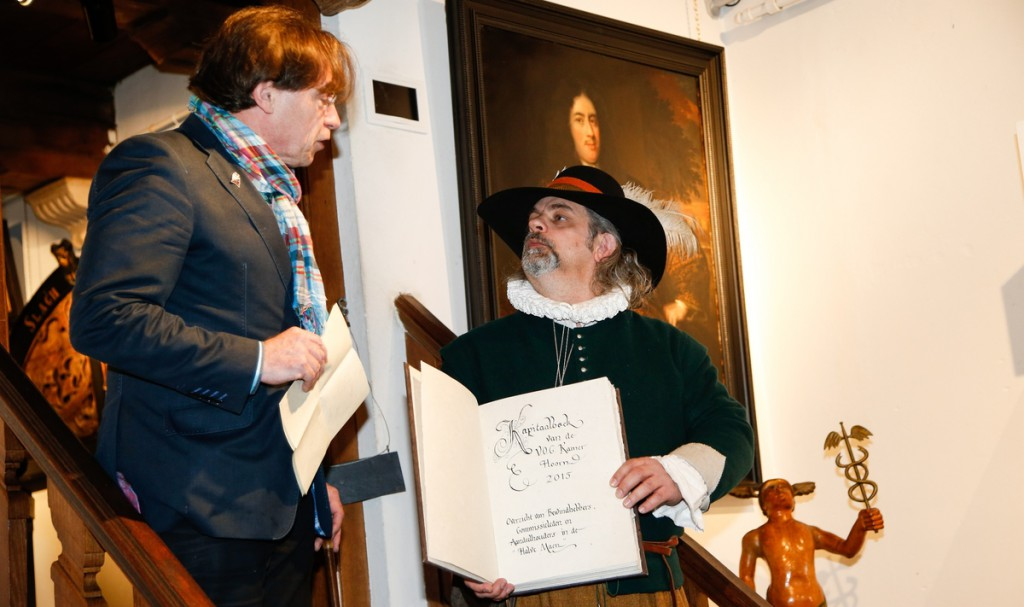 VOC-Kamer Hoorn heropgericht naar oude traditie
