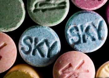 Hoe weet ik of mijn kind wel of geen drugs gebruikt?
