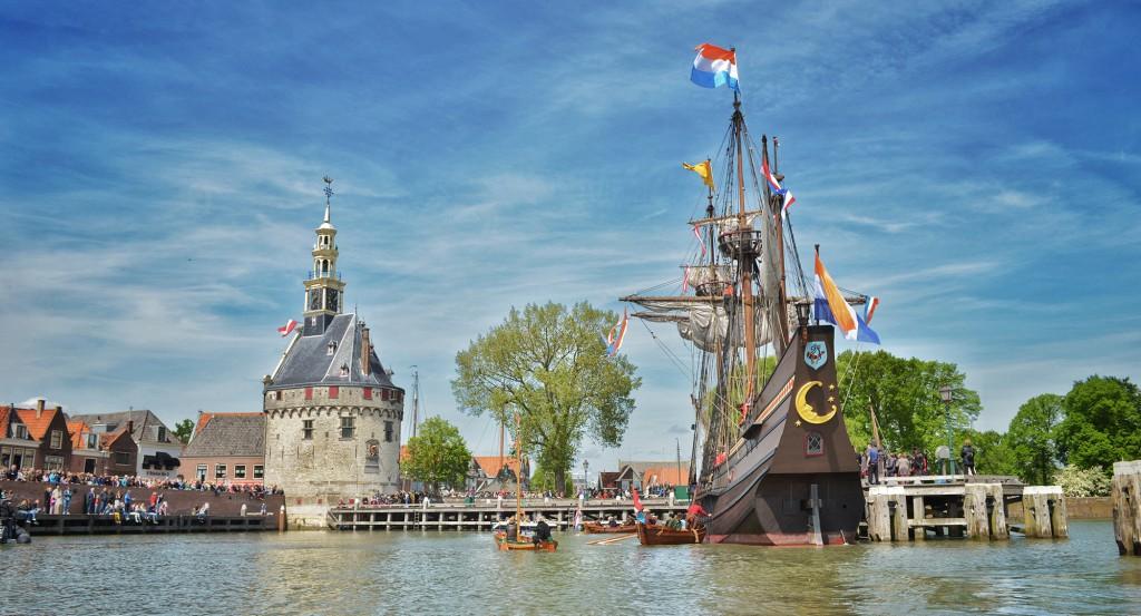 Hoorn heet schip Halve Maen welkom [+video]