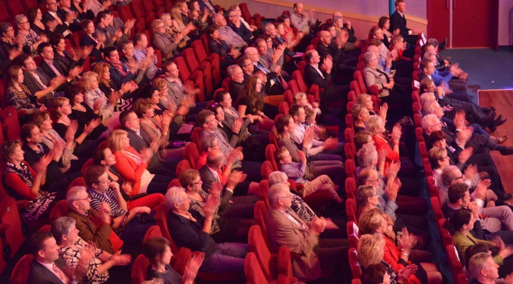 Theaterambassadeurs voor meer cultuureducatie bij jongeren