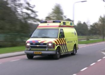 Aanrijding fietser (61) en vrachtwagen in Scharwoude