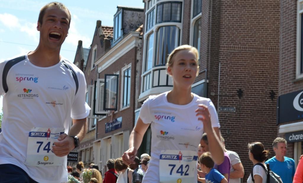 Marathon Hoorn 2015: Finish foto's en video's