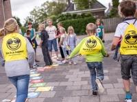 Kinderen helpen anderen met 'Kan ik je helpen-kluspakket'