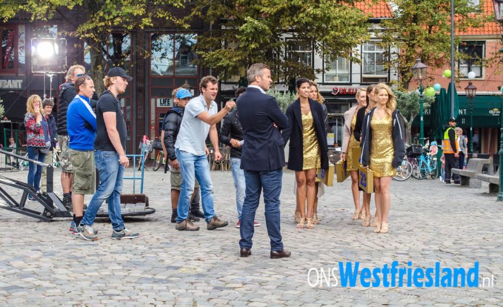 Camera's, Winston Gerschtanowitz en vrouwen met gouden koffers