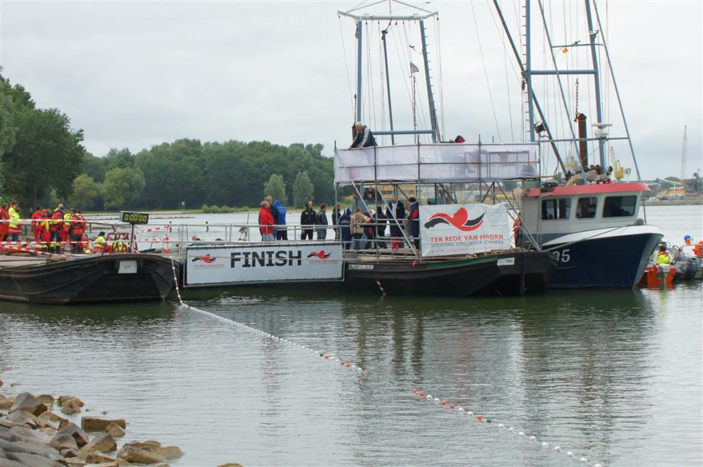 10km zwemmers Ter Rede ronden ook 'Kaap Hoorn'