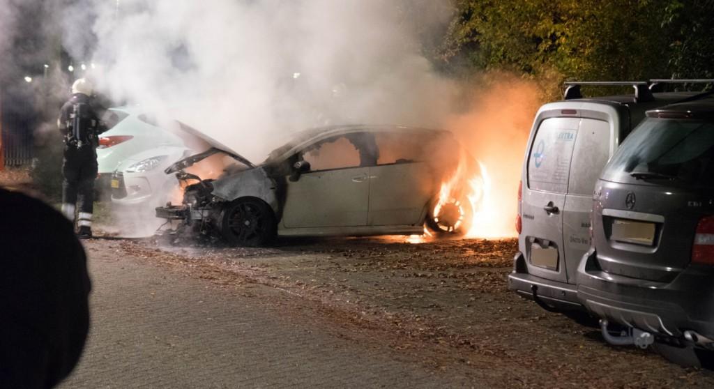 Auto uitgebrand op Gording in Hoorn