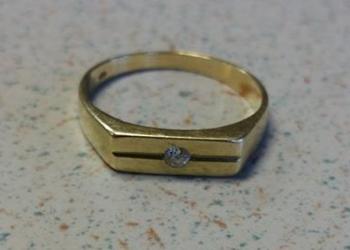 Politie zoekt eigenaren van deze gouden sieraden