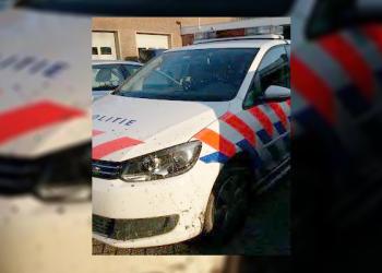 Politieauto achtervolgt dief door wijkpark Risdammerhout