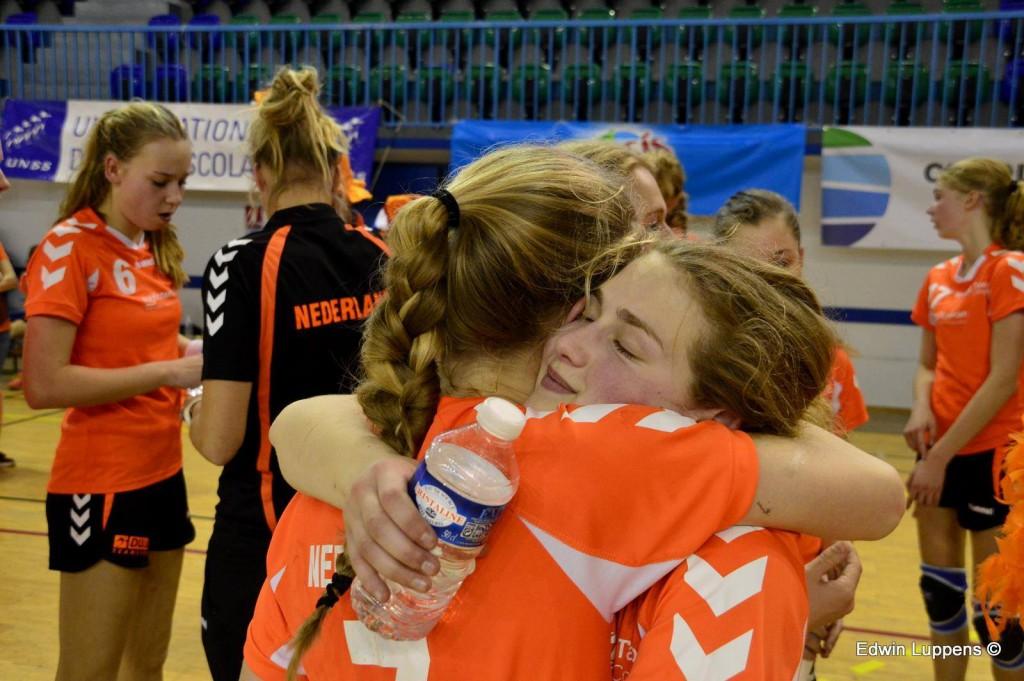 WK Scholenhandbal blog 7: Verrassend ontbijt en Roemenië