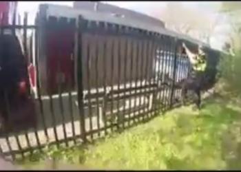 Politie ziet verdachte situatie bij De Wissel [video bodycam]