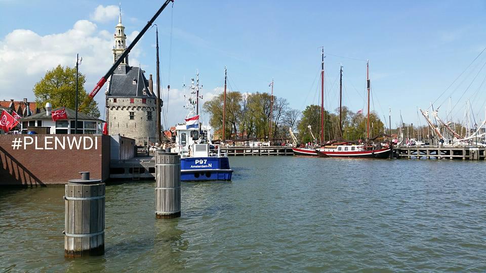 Controle op uitbuiting riviercruises in havens Hoorn en Amsterdam