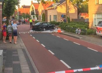 Politie zoekt naar gevluchte bestuurder crash Lutjebroek