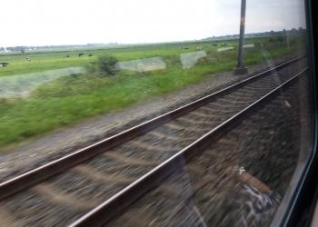Conducteur krijgt klap na vernieling in trein door tieners