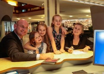Burgemeester en gezin nu 'trotse burgers van de mooie gemeente Hoorn'