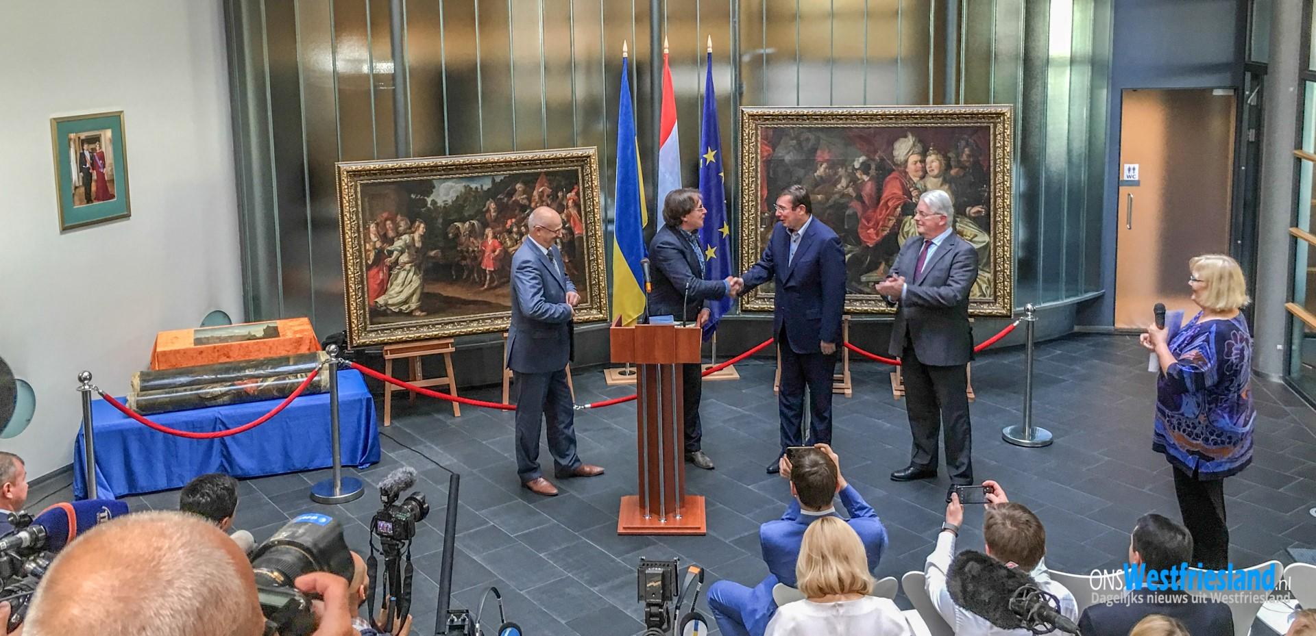 Gestolen schilderijen weer in bezit; 'Kippenvelmoment'