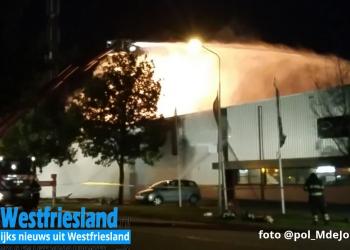 Grote brand meubelzaak aan de Butter in Obdam (updates)