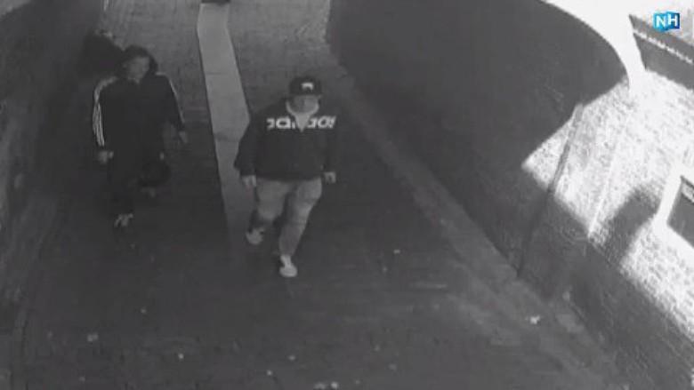 Beelden van daders brute straatroof vrouw (78) in Hoorn