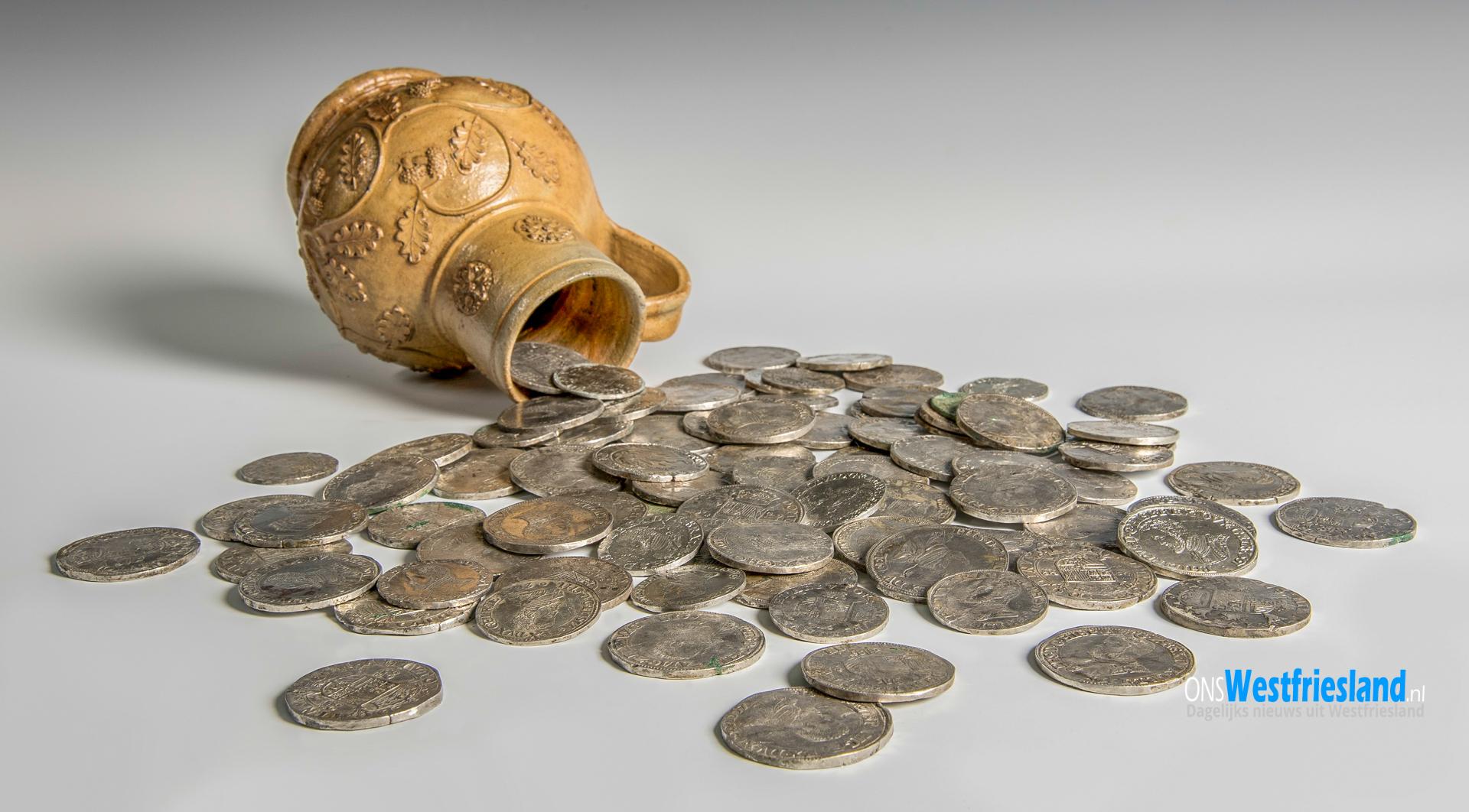 Zilverschat uit 16e-eeuw ontdekt op akker in Westwoud