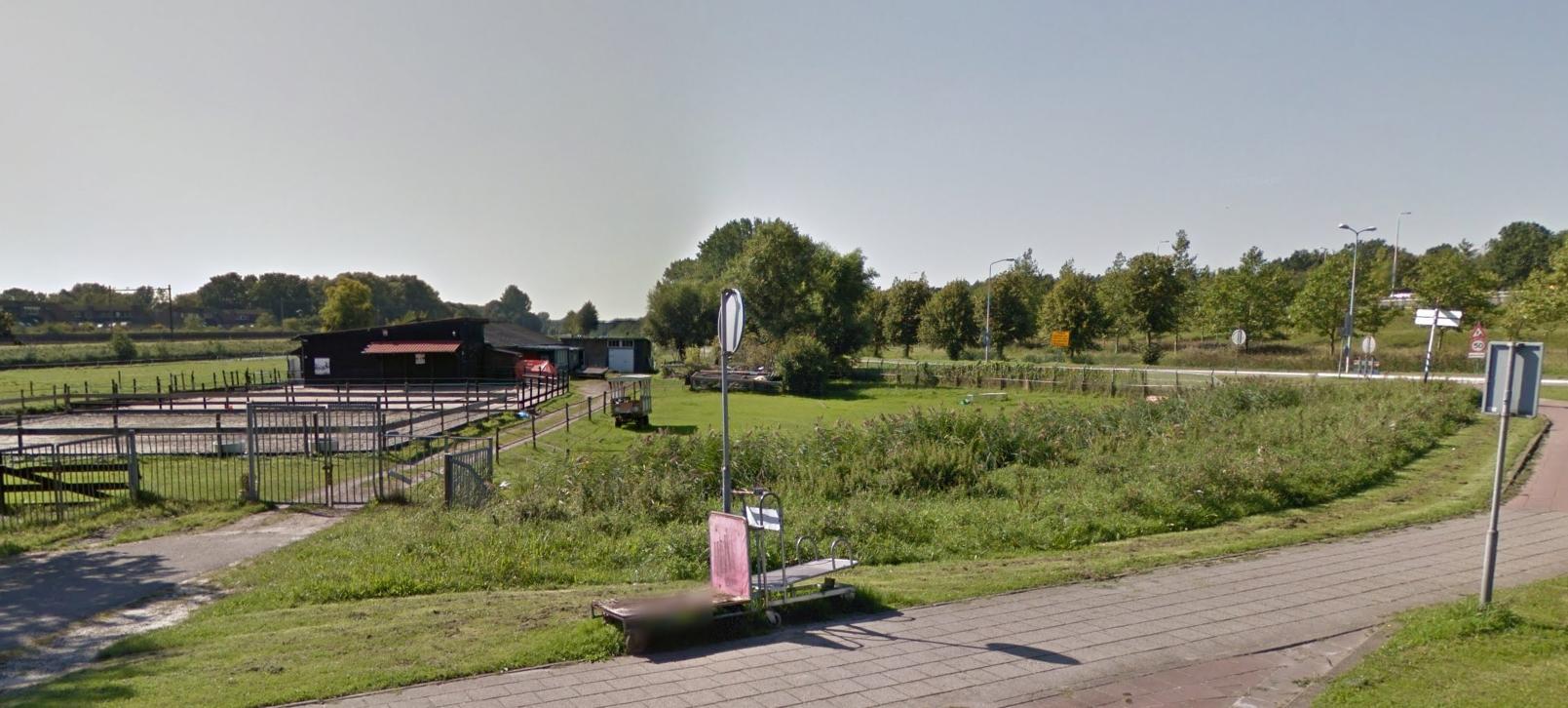 Paard lichtgewond na inbraak stallen Middelweg in Hoorn