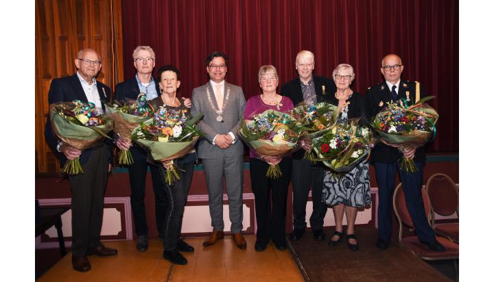 Zeven Koninklijke onderscheidingen in Drechterland
