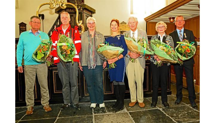 Zeven actieve inwoners Stede Broec onderscheiden