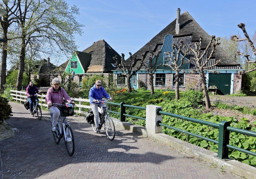 Ruim 1000 fietsliefhebbers op pad met 9e Fiets4Daagse Hoorn