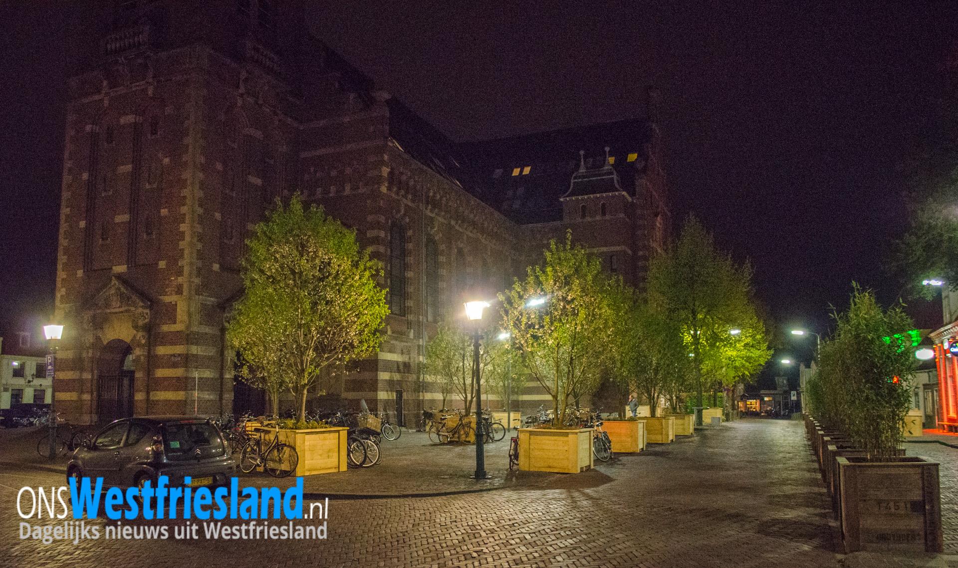 Raad: 'Belangrijk deel parkeerplaatsen Kerkplein moet terug'