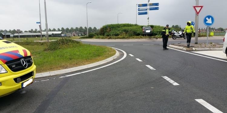 Dronken bestuurder parkeert auto midden op rotonde
