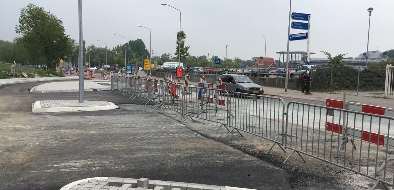 Kruising Van Dedemstraat en Maelsonstraat week op de schop