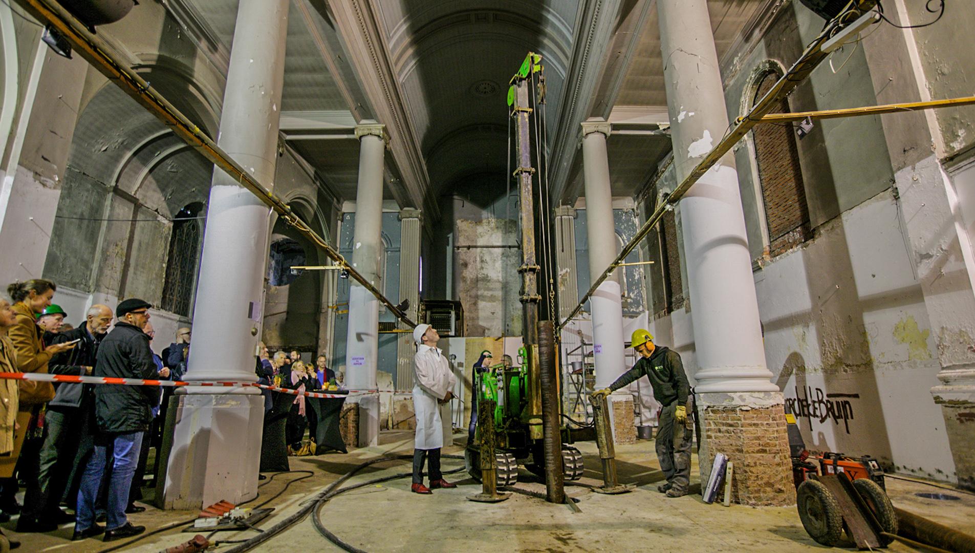 Eerste paal voor nieuwe functie St. Michaëlskerk Blokker