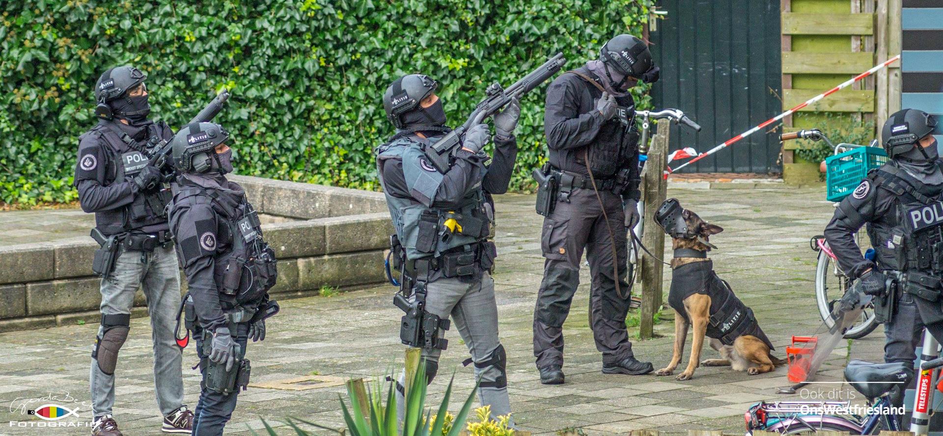 Arrestatieteam nodig voor aanhouding man met mes in Hoorn