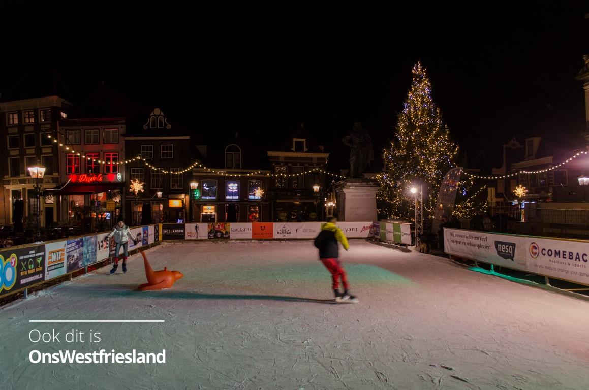250m2 echte ijsbaan op Roode Steen in Hoorn